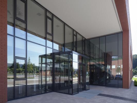 INNOVALU - Conception & Réalisation de façades vitrées