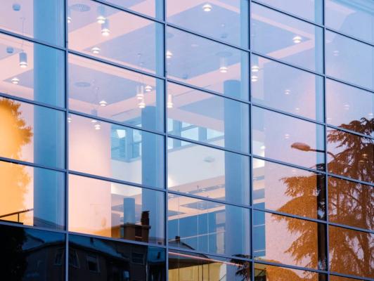 INNOVALU - Fabrication et pose de murs rideaux pour les professionnels