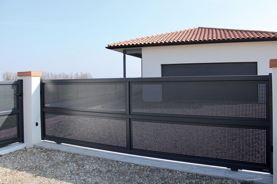 INNOVALU - Pose de portails et clôtures en aluminium sur mesure à Limoges